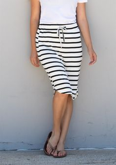 Stripe Weekend Skirt | Jane stitch fix!! Great! But not white and not horizontal stripes...