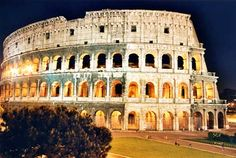 Roma - The Colloseum Oh The Places You'll Go, Great Places, Places To Visit, Id Travel, Places To Travel, Photography Pics, Travel Photography, Family Vacation Spots, Dream Vacations
