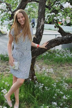 APPLE TREES  - BLOOMING - MODEL - SOGNDAL - COOEE - by TIMO - STYLESNOB