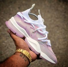 Air Max Sneakers, Sneakers Nike, Popular Sneakers, Vulture, Nike Huarache, Shoe Game, Iridescent, Work Wear, Nike Air Max
