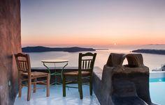 Santorinian harmony at Sophia Luxury Suites