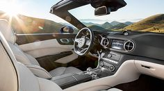 New appearance for an icon: from April 2016 the Mercedes-Benz SL will be available with a host of significantly enhanced features.