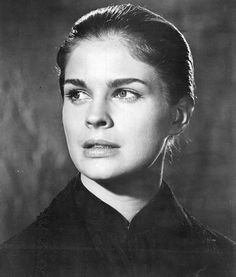 """Candice Bergen was 19 when she starred as a missionary in China evacuated by an American gunboat during the Boxer Rebellion, in """"The Sand Pebbles"""" She'd just been kicked out of college, she told Jane Pauley. Candice Bergen, The Sand Pebbles, Game Of Thrones Dress, Julie Christie, Raquel Welch, Black And White Portraits, Steve Mcqueen, Sophia Loren, Brigitte Bardot"""