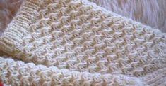 Tämän mallineuleen tekotapaa on tuolla kommenteissa kyselty. Itse en ole tätä keksinyt, löysin sen joskus ulkomaalaisia käsityös... Knitting Patterns, Fashion, Moda, Knit Patterns, Fashion Styles, Knitting Stitch Patterns, Fashion Illustrations, Loom Knitting Patterns