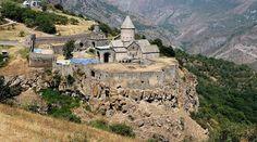 MONASTERIO DE TATEV. El más espectacular de los monasterios armenios.