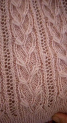 This Pin was discovered by ayf Beginner Knitting Patterns, Knitting Stiches, Cable Knitting, Knitting For Beginners, Stitch Patterns, Crochet Patterns, Macrame Knots, Knit Fashion, Diy And Crafts