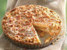 Lewer 1 groot tert Bereiding: minute Gaarmaaktyd: minute Staantyd: 30 minute KORS 250 g. Dutch Recipes, Apple Pie Recipes, Tart Recipes, Sweet Recipes, Baking Recipes, Dessert Recipes, Kos, Sweet Pie, Sweet Tarts
