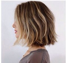 Square One Length, With Short round layers. Blowdry style, mixed with smooth infusion to create a smooth look