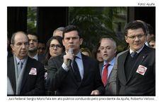 Mais de 1500 Juízes Federais se mobilizam para tentar acabar com o Foro Privilegiado – Noticias Brasil Online  Interessados numa oportunidade de trabalho com possibilidade de ganhos consideravelmente bons (acima de R$ 4.300,00), favor enviar email para GJRECRUTAMENTO@GMAIL.COM