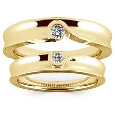 Matching Bezel Heart Concave Diamond Wedding Ring Set in Yellow Gold http://www.brilliance.co...