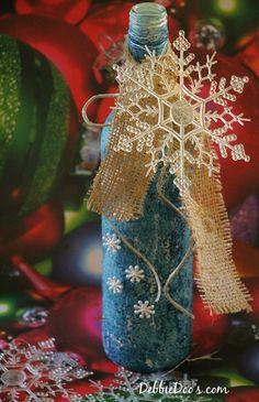 Recycled wine bottle Christmas craft idea - Debbiedoo's debbie-debbiedoos.com