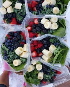 """Anyone Food Prepping today? . {Green Smoothie Prep Packets} And how to """"find """" more time each day 7 Days of Pre-made, drop into the blender-Green Morning Smoothies! What I did for 1 week PREP today: (You can use ANY favorite combo of fruits or make these for any # servings/days -adjust!) 2 servings per day for 1 week: ■7 or more gallon Ziploc Freezer bags, large tupperware containers, OR large glass canning jars (if you have freezer space...can reuse ziplocs the next week, to prevent wa..."""