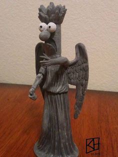 """archiemcphee: """"""""""""Don't meep. Meep and you're dead"""""""" Beaker + Weeping Angel = Super Awesome This delightfully terrifying """"Meeping Angel"""" statue is the work of Salt Lake City-based artist Kerry Gisler. Sesame Street Muppets, Angel Statues, Don't Blink, Tardis, Doctor Who, Nerdy, Geek Stuff, Artsy, Awesome"""