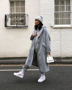 Adrette Outfits, Casual Winter Outfits, Winter Fashion Outfits, Look Fashion, Trendy Outfits, Fall Outfits, Travel Outfits, Women Fashion Street, Grey Fashion