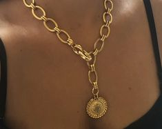 Gold coin necklace statement Layers necklace festival look Horseshoe Necklace, Coin Pendant Necklace, Gold Necklace, Layered Necklace, Dainty Necklace, Tanishq Jewellery, Jewellery Box, Jewellery Shops, Antique Jewellery