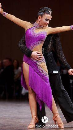 LK-IAG10 ドイツのセミファイナリスト着用!石びっしりのアシンメトリーなフリンジのラテンドレス(9号) | Atelier Casablanca -ダンスドレスの部屋- - 楽天ブログ