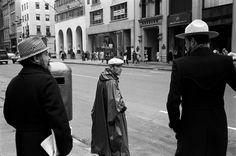 Jerry Schatzberg, Three Hats, New York, 1973 Jerry Schatzberg, Film Director, Vietnam, New York, Street, American, Hats, Photography, Vintage