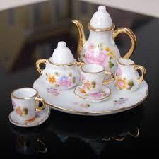 Resultado de imagen para miniaturas en porcelana