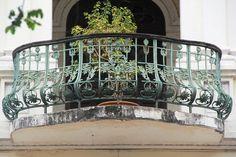 Old Saigon building fetches $35 million | Arts & Culture | Thanh Nien Daily
