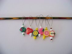 Fun Fruit Stitch Markers - set of 6 - knit knitting fruit charms, food stitch markers polymer clay von Melsknitwear auf Etsy