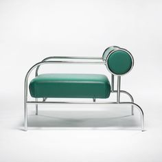 I want this awesome chair with a spectacular profile!