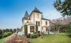 Luxury Castle in Le Bourget-du-Lac Listing