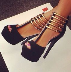 black & gold heels!!