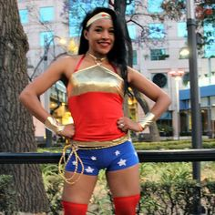 Blog sobre la cultura pop: Carrera Wonder Woman 10k! #wonderwoman #wonderwomancosplayer #dccomics #emociondeportiva #runner #bgcpop