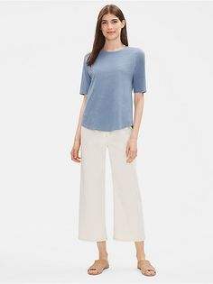 Shop our collection of womens tops and tees for an effortlessly casual look. Available in silk, organic linen, and organic cotton. Free Clothes, Clothes For Women, Simple Outfits, Eileen Fisher, Chambray, Casual Looks, Organic Cotton, Tunic Tops, Tees