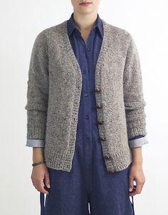 Ravelry: Antonia/Antonio pattern by Julie Weisenberger