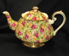 Royal Albert Old Country Roses Chintz Collection England Large Tea Pot