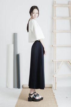 Back in stock / Hakama pleated midi skirt / Mininalist / Mute by Joanne Lu 2015 Summer Collection