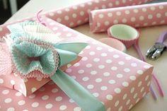 Candy color e forminhas de docinhos, fazem embalagens de presente maravilhosas!