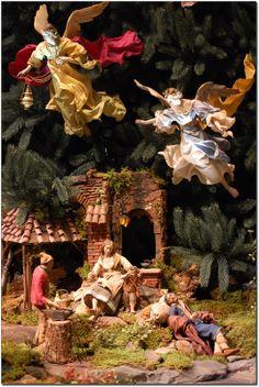 Tall Christmas Trees, Christmas In Italy, Christmas Nativity Scene, Italian Christmas, Christmas Decorations, Xmas, Birthplace Of Jesus, Sola Scriptura, Christian World