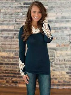 Women's Slim Fit Solid Color Crochet Lace Embroidery Shirt Hollow-Out Long Sleeve Blouse