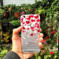 Hearts & daisies [All our cases are for iPhone Samsung A5 J5 J7 Grand Prime S5 S6/Edge S7/Edge]: @paninihk #galaxys5 #galaxys6 #galaxys7 #grandprime #instadaily #instamood #iphone #phonecase #samsung. Phone case by Gocase www.shop-gocase.com