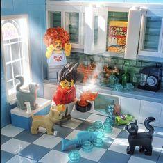 Brickesplorer shows us that chaos and confusion can be beautiful. Lego Design, Lego Friends, Lego Ninjago, Legos, Lego Furniture, All Lego, Lego Lego, Amazing Lego Creations, Lego Pictures
