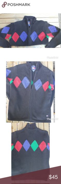Vintage Tommy Hilfiger Super cool Tommy Hilfiger knit sweater. Zip up in excellent condition size medium Tommy Hilfiger Sweaters Zip Up