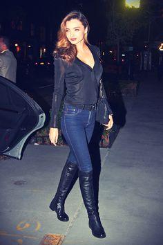 Miranda Kerr arriving back home in NYC Botas Outfit, Ashley Vee, Miranda Kerr Style, Celebs, Celebrities, Girls Jeans, Back Home, Stuart Weitzman, Editorial Fashion