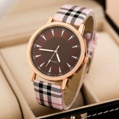 Reloj Mujer 2016 New Classic Women Watch Ladies Fashion Casual Quartz Waterproof Watches Comfortable Leather Clock Montre Femme Women's Dress Watches, Women's Watches, Cool Watches For Women, Tartan Shoes, Scottish Tartans, Star Jewelry, Vintage Watches, New Fashion, Ladies Fashion
