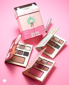 It's not the holiday season without a special gift set from Too Faced. This year's special kit is the Grande Hotel Cafe collection of three Christmas coffee scented palettes. The Peppermint Mocha, Gingerbread and Eggnog Latte shadows consists of 18 matte and shimmer shades, two blushes, a bronzer and a deluxe Too Faced Better than Sex Mascara. Add this incredible gift set to your Macy's wish list now!