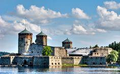 1366_1291386176_olavinlinna-castle.jpg (1366×849)
