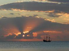 Marriott Grand Cayman Beach Resort: A beautiful sunset