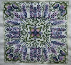 Oodles of FREE, cross-stitch patterns, lots of traditional styles, samplers, biscornu