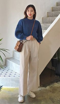 Corduroy is back in fashion and we're so into it! Corduroy, Normcore, Pants, Style, Fashion, Trouser Pants, Swag, Moda, Trousers