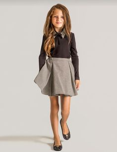 Papilio Kids features a great selection of flower girl dresses and outfits in a variety of styles. Let her be the star of the show and celebrate in style! Little Girl Outfits, Cute Girl Outfits, Little Girl Fashion, Pretty Outfits, Style École, School Uniform Fashion, School Outfits, Tween Fashion, Fashion Outfits