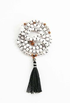 The white howlite stone is believed to help teach patience, and overcome self criticism. It is also a very calming stone used to relieve stress of all kinds. It makes an excellent antidote to insomnia due to an overactive mind.