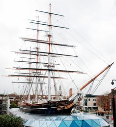 This 143-year-old vessel now appears to levitate above ground #olympics #london