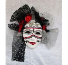 Réalisez un masque pour Mardi Gras : Marie-Josée T