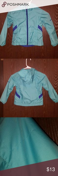 Little girls Columbia windbreaker Cute windbreaker. Some tiny snags. See pictures Columbia Jackets & Coats